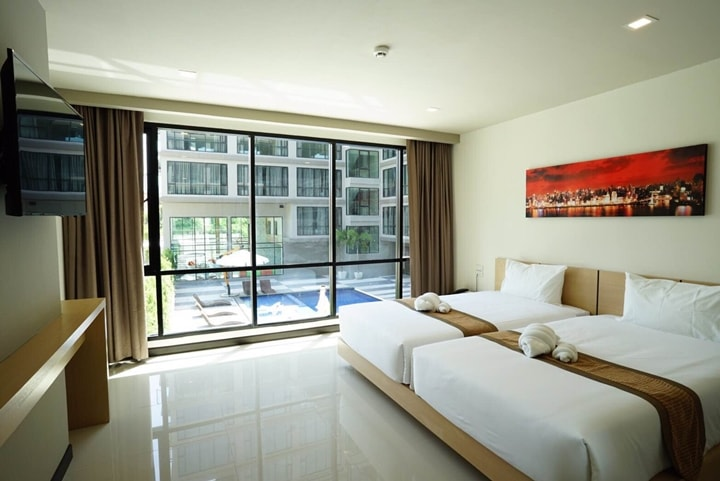 Beston Hotel Pattaya Pool Superior Room 1