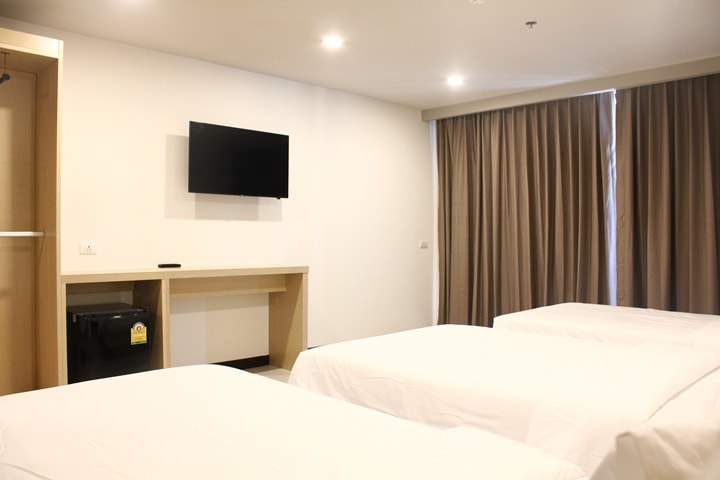 Beston Hotel Pattaya Deluxe Room 6
